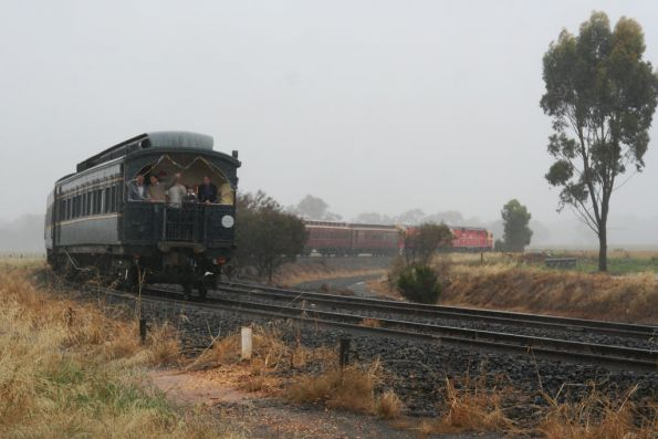 Around the curve departing Murchison East