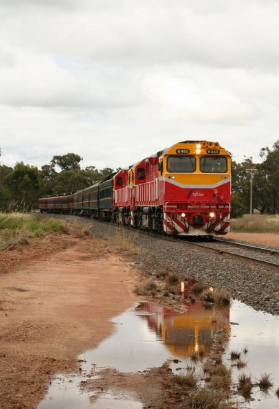 N460 reflected in a puddle at Numurkah