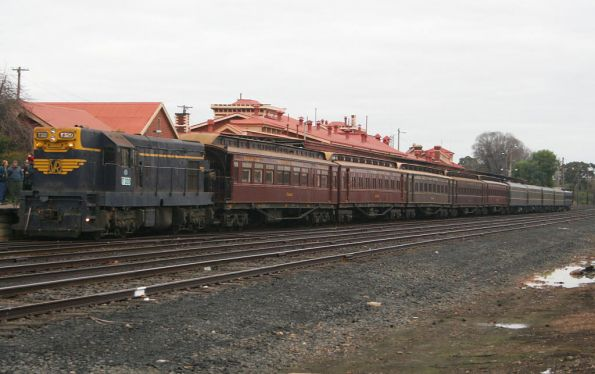 T320 on the front of the consist at Seymour