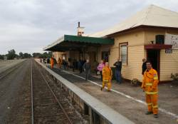 Locals wave farewell at Tocumwal