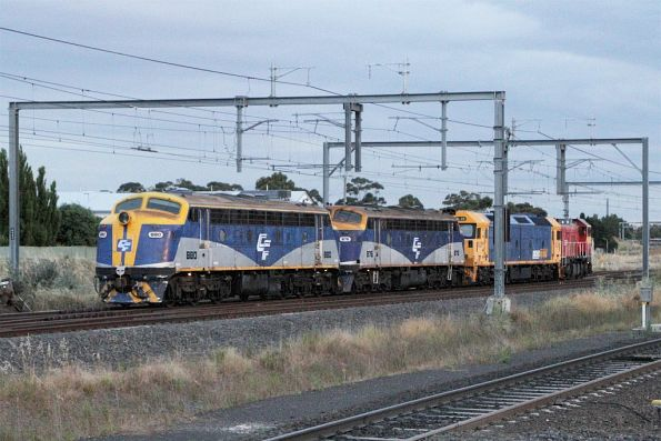 P17 leads BL28, B76 and B80 at Sunshine on an up transfer from Bendigo