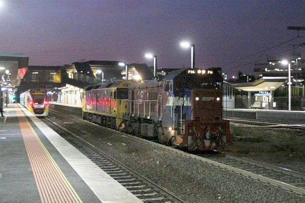P14 leads BL29 on an up transfer from Bendigo Workshops at Sunshine