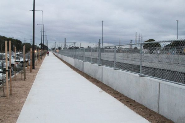 New bike path on the eastern side of the railway at St Albans