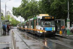B2.2092 leads a queue of northbound trams at St Kilda and Toorak Roads