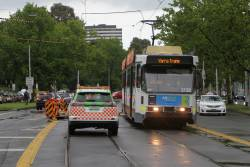 B2.2132 leads a long queue of northbound trams at St Kilda Road and Grant Street