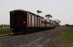 5 cars in the consist, PCP, Goulburn, BW, BCE and a CW