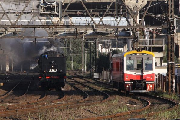 Steamrail - Double R class to Bendigo, September 2011