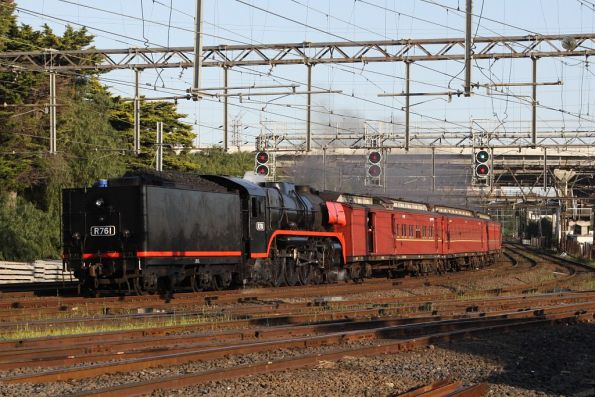 R761 running tender first leads the empty cars run
