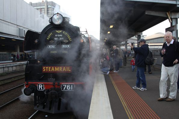 R761 and R707 awaiting departure time from Southern Cross