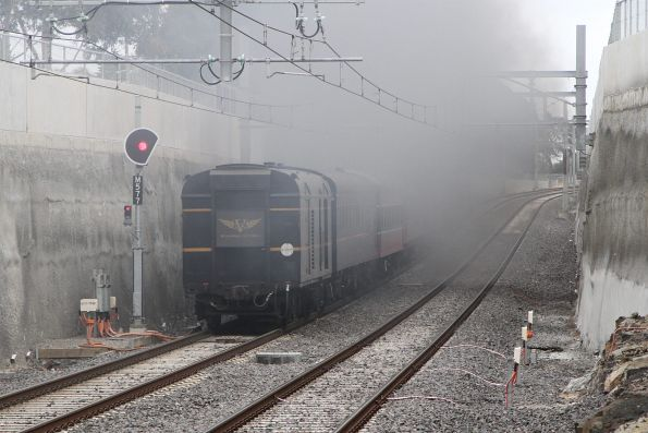 A whole lot of smoke as R761 climbs the grade out of Ginifer station