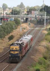 T364 on Steamrail's 'Rail and Sail' to Geelong