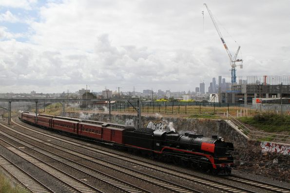 R761 leads the down train towards Footscray