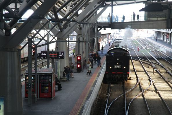 R761 on arrival at Southern Cross from Newport with train #1