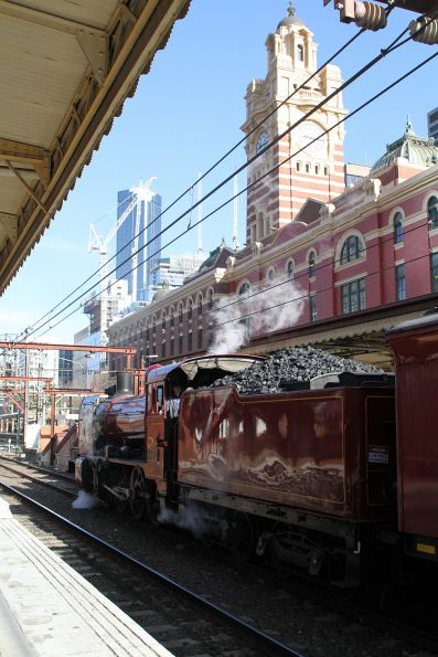 K190 at Flinders Street Station