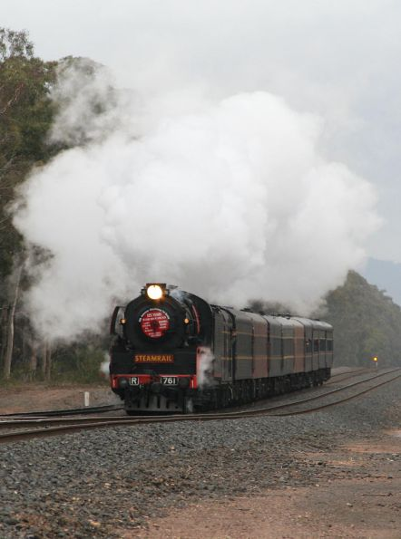 The D3 left at Seymour, R761 works towards Mangalore