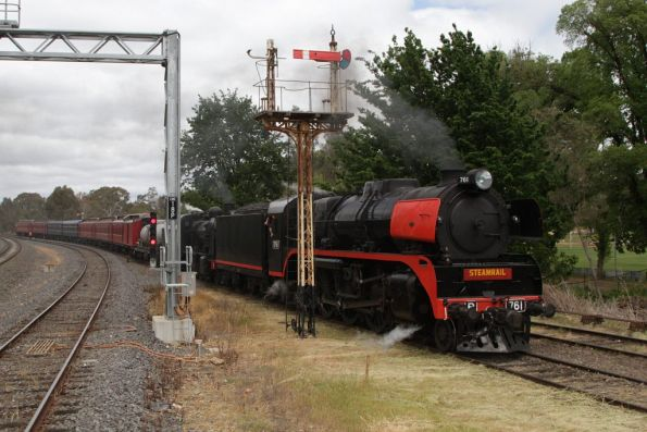 R761 leads the train into Castlemaine station, this time on the VGR side