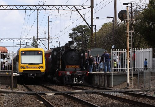 Crossing an X'Trapolis on a citybound service at Mitcham