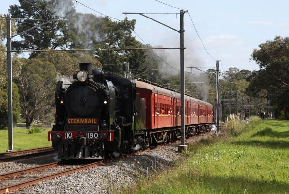 K190 leads into Ringwood East