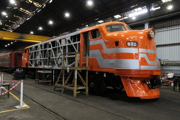 VicRail 'Teacup' livery applied to one end of B72