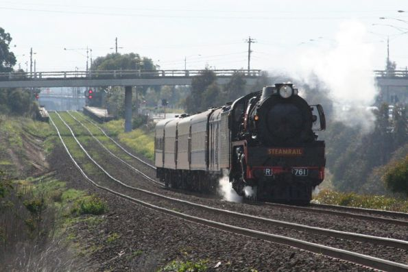 R761 departs North Geelong on the down, on a driver training run to Geelong