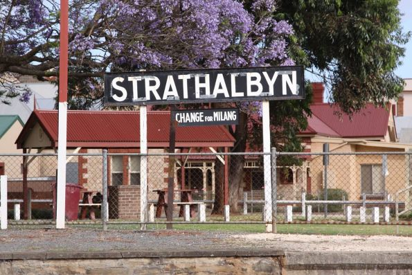 Strathalbyn, change for Milang
