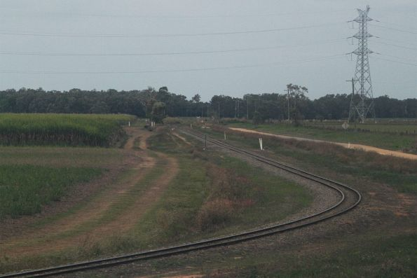 Cane tramway curves towards the QR mainline at Helens Hill