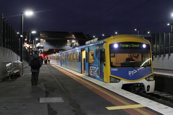 Siemens 793M on a Flinders Street service departing from Sunshine platform 2