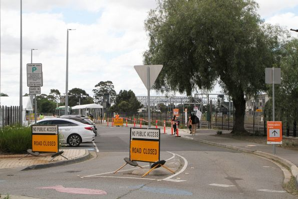 'No public access' signs on Sun Crescent leading to the temporary bus interchange