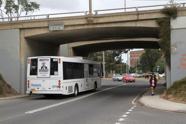 Dysons bus #755 3144AO on a Sunbury line rail replacement service along St Albans Road, Albion