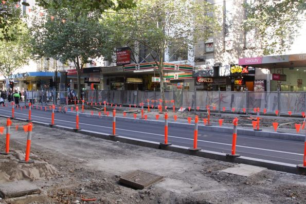 *Still* pissfarting around with the platform stop works at Bourke and Swanston Streets