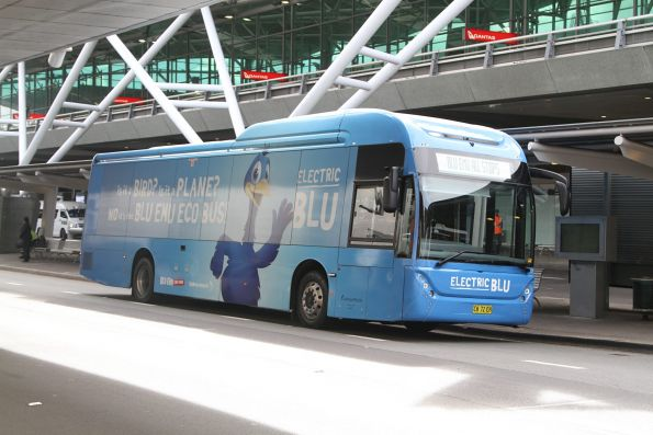 Electric Blu car park shuttle bus CK72EH outside Sydney Airport terminal 3