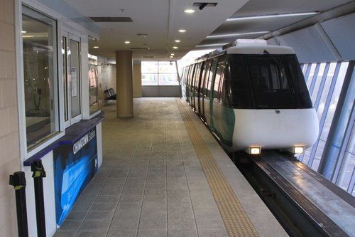 Monorail arrives into the little-used Chinatown station