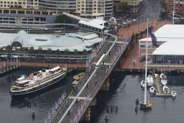 Monorail crosses the Pyrmont Bridge bound for Harbourside station