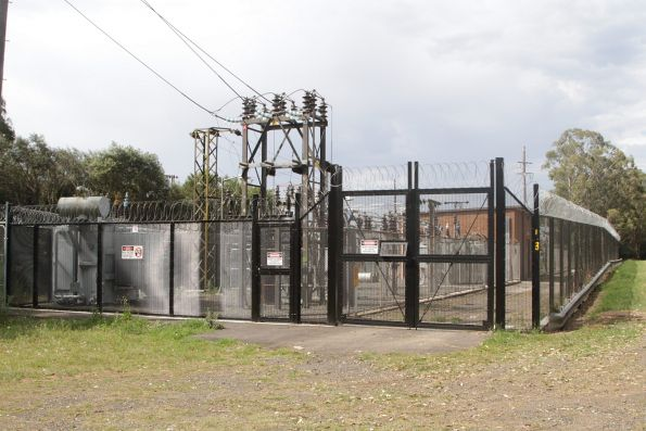 Glenlee traction substation, at the down end of Macarthur station
