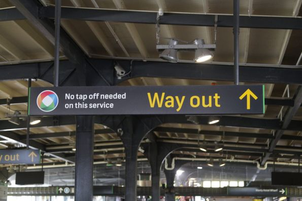 'No tap off required' notice for Opal card users on the Manly ferry