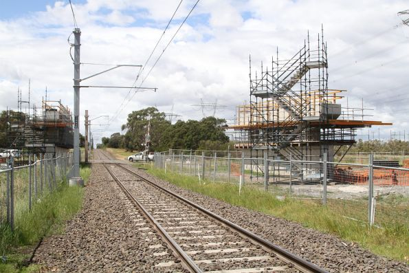 Thompsons Road level crossing removal