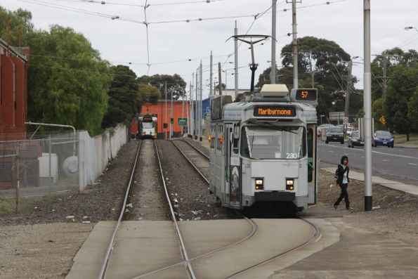 Z3.230 arrives at the West Maribyrnong terminus