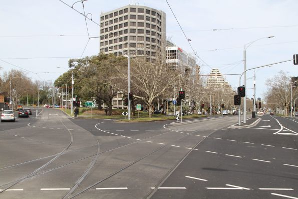 New tramway junction at St Kilda Road and Toorak Road West