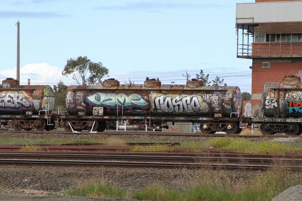 The only tank wagon I can read the number of - VTQF709