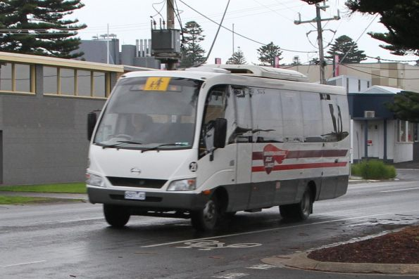 Warrnambool Bus Lines #21 3921AO on a school run