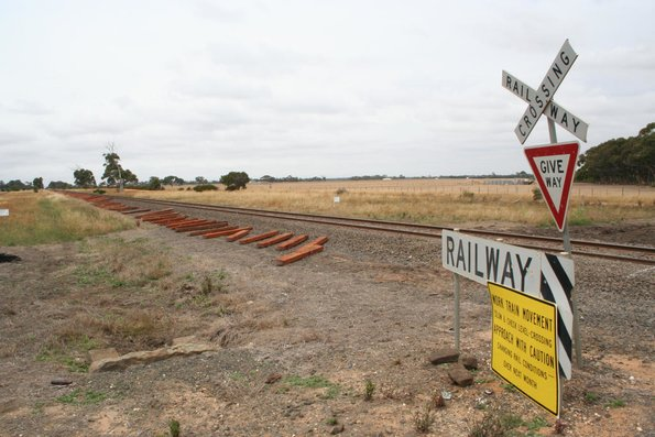 New sleepers at Bannockburn and extra warning sign for drivers