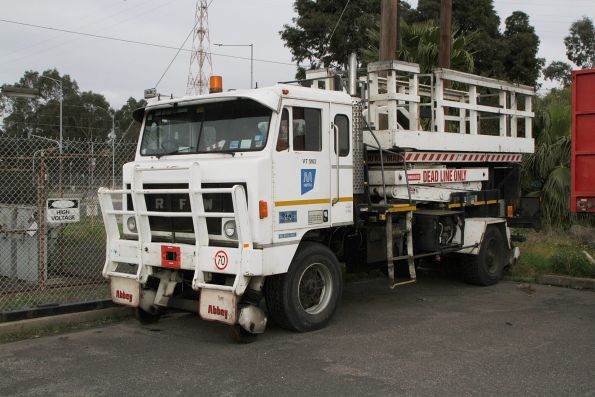Hi-rail fitted RFW truck with scissor lift for accessing overhead wiring
