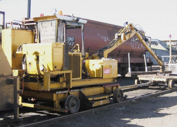 John Holland tie crane with trolley