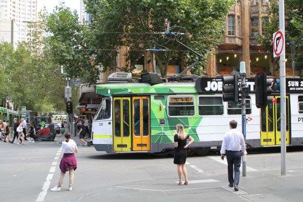 Z3.131 blocks southbound trams at Swanston and Collins Street after stalling on a section insulator