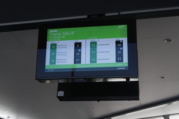 TramTracker screen at Gardiner station for route 72 services along Burke Road