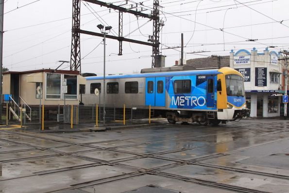 Siemens 808M crosses the Glenhuntly tramway square at 20 km/h
