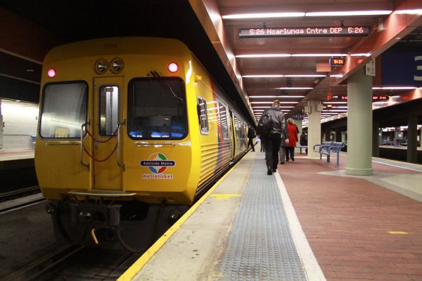 Comeng 3114 about to depart for Noarlunga Centre