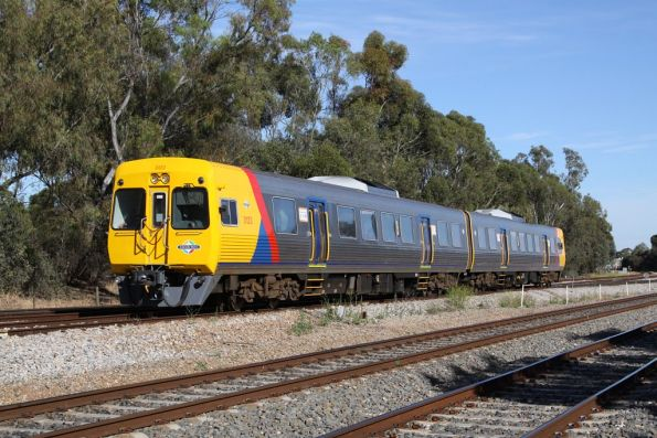 Comeng 3123 and classmate on the up at Torrens Junction
