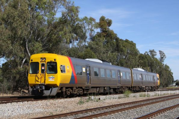 Comeng 3140 and classmate on the up at Torrens Junction