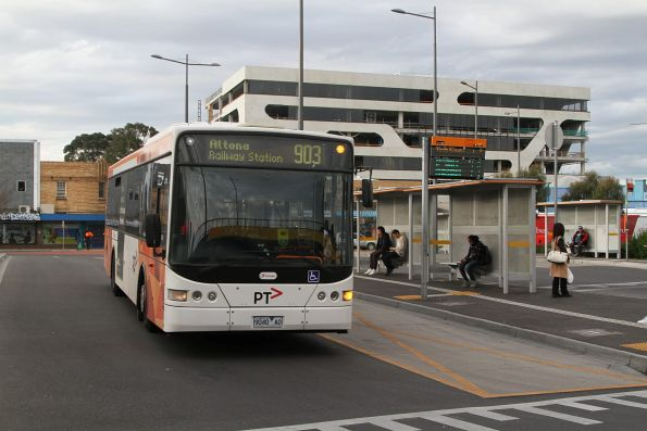Transdev bus #440 9040AO on route 903 at Sunshine station